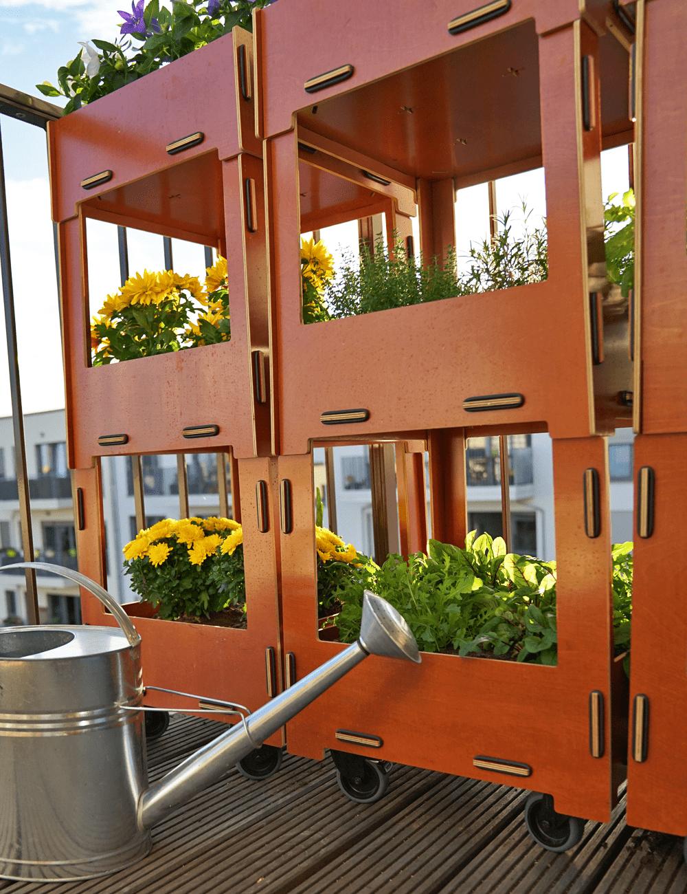 Platzsparende Nachhaltige Balkonbepflanzung Im Herbst